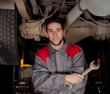 Como funciona a manutenção dos caminhões em uma empresa
